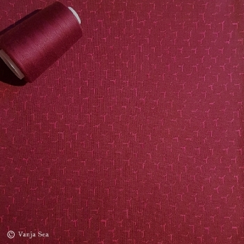 3D Organic Knitted Fabric, burgundy